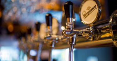 pub liquor license