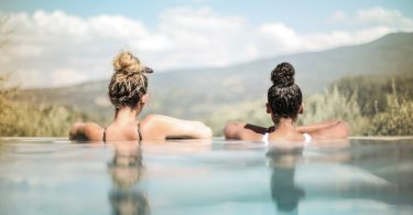 women infinity pool hair bun