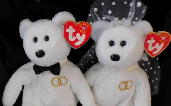 beanie-couple