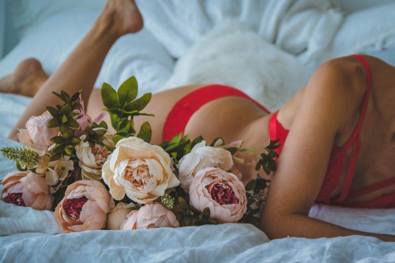 flowers woman bra bed