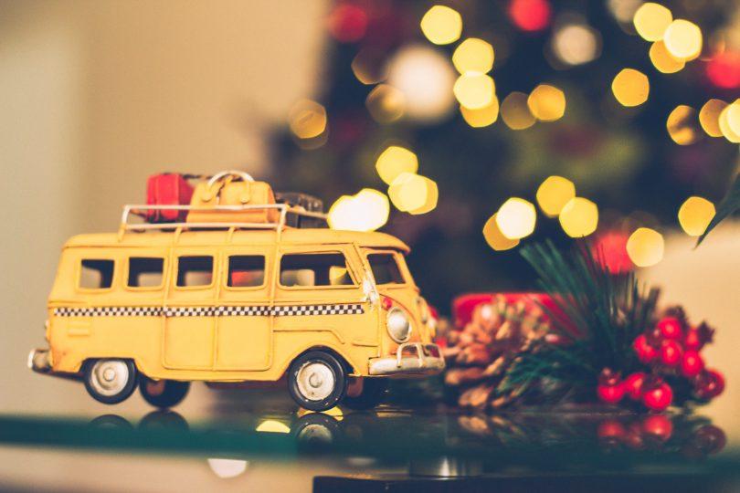 Yellow-van-suitcases-lights
