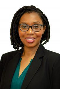 headshot of family lawyer Carolyn